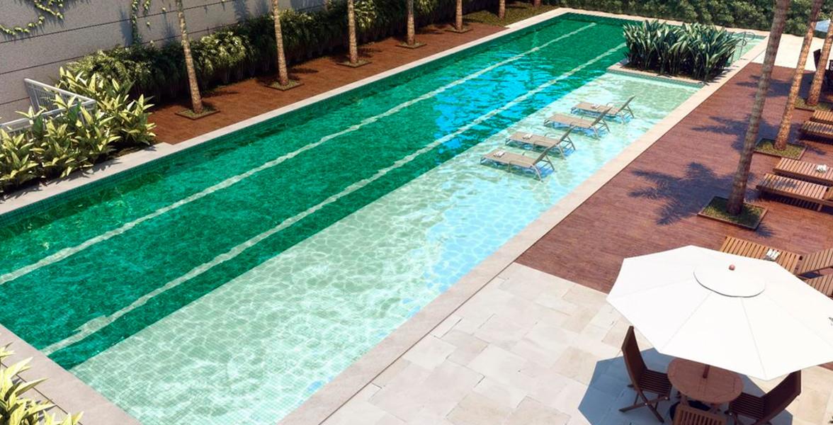 PISCINA ADULTO com raia de 25 metros, deck molhado e solarium.