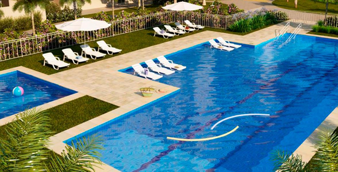 PISCINA adulto com raia de 20 metros e deck molhado, piscina infantil e solarium.