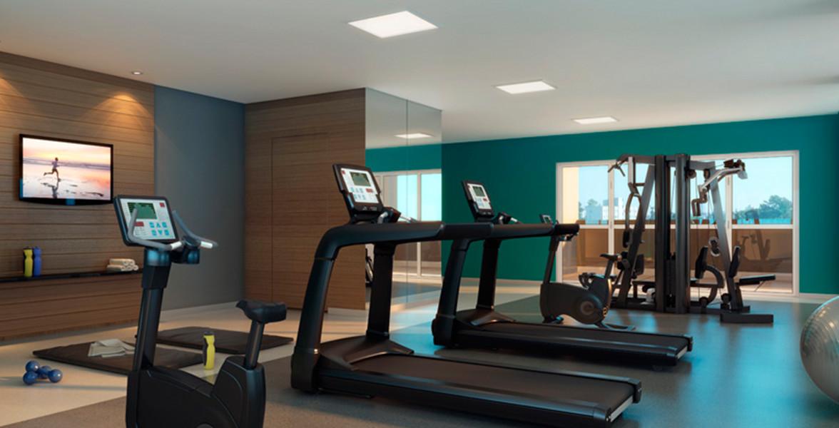 FITNESS com mesa de musculação, bicicleta ergométrica e esteiras.