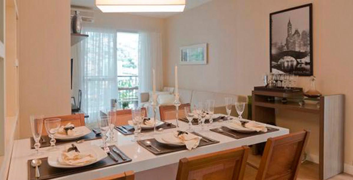 LIVING do apto de 76 m² com espaço suficiente para uma mesa de jantar para 6 pessoas do Flex Guarulhos