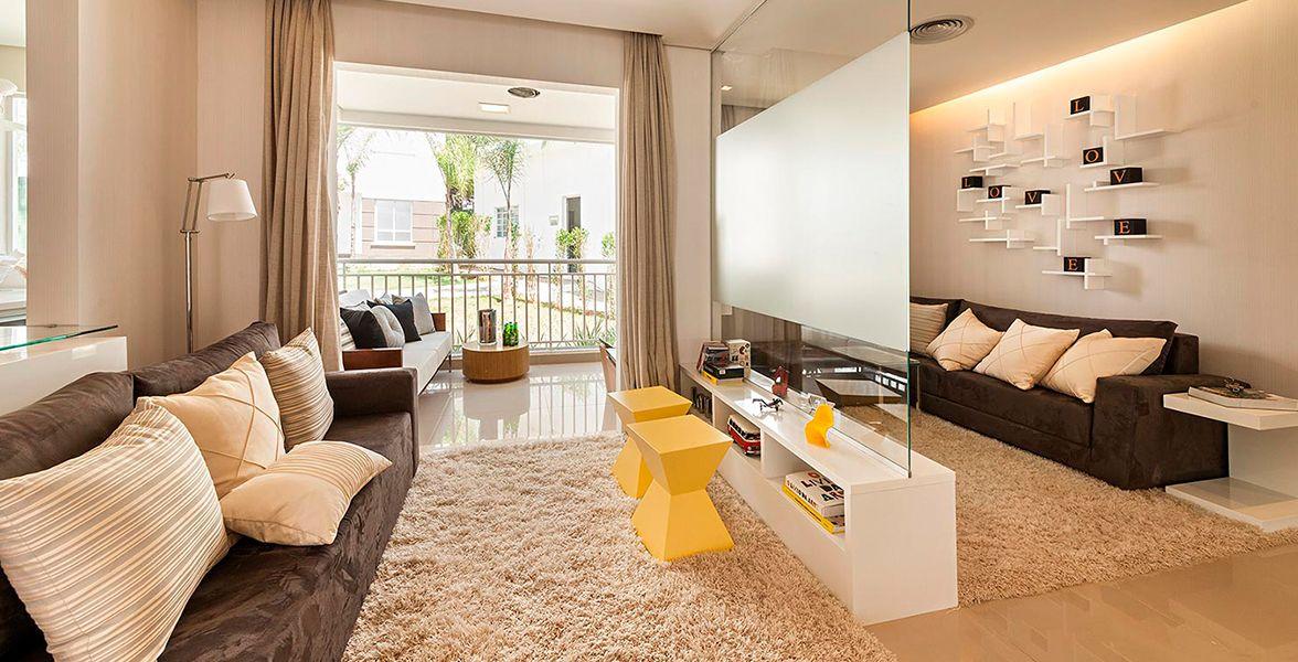 LIVING AMPLIADO do apto de 70 m² com 3 ambientes, muito confortável para receber os amigos do Harmonia
