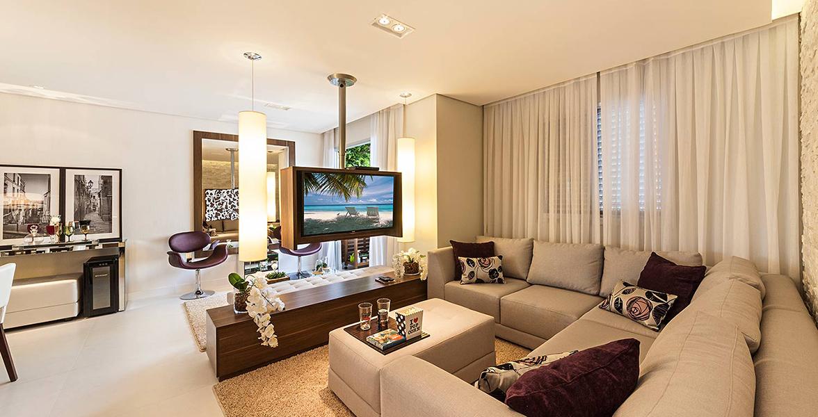 SALA AMPLIADA do apto de 63 m² com ótima Sala de TV, ideal para curtir uma sessão pipoca em família do Spazio Anhaia Mello