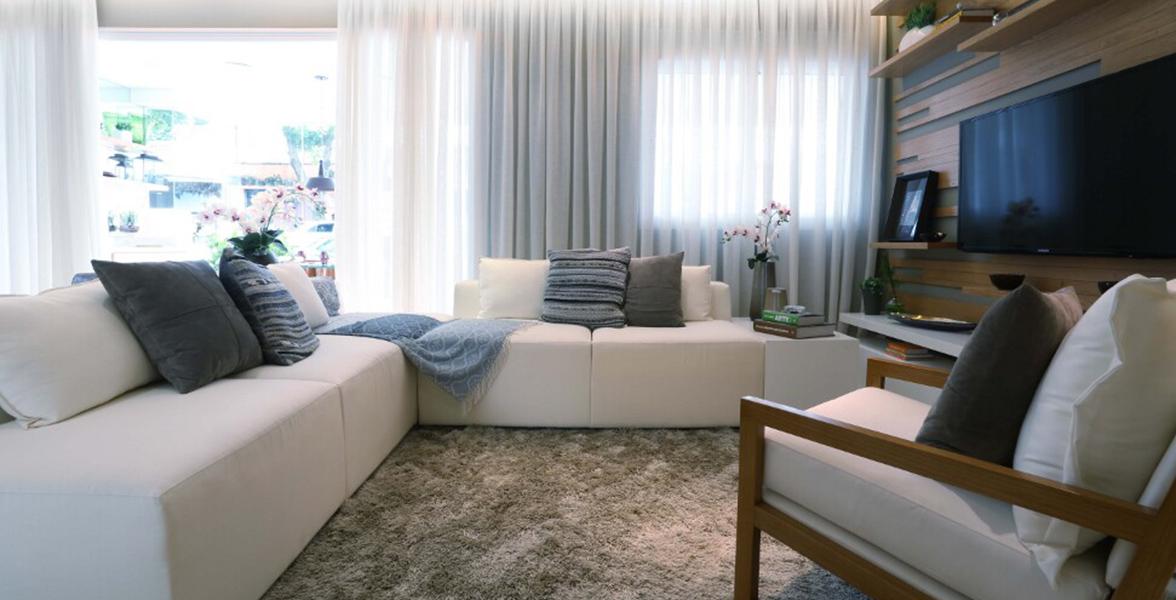 SALA DE TV do apto de 105 m², um confortável espaço para uma sessão pipoca em família.