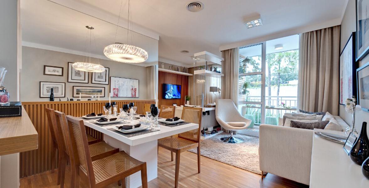 LIVING AMPLIADO do apto de 61 m², tem bastante espaço para receber bem os amigos.