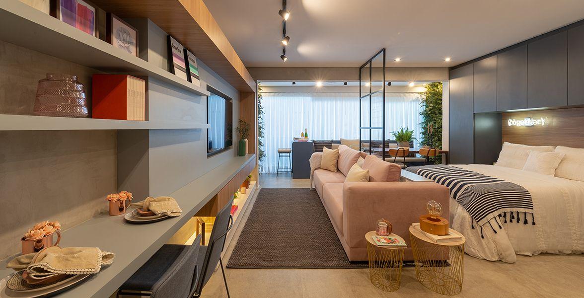 STUDIO do apto de 40 m² com nivelamento de piso, proporcionando melhor integração entre os ambientes.
