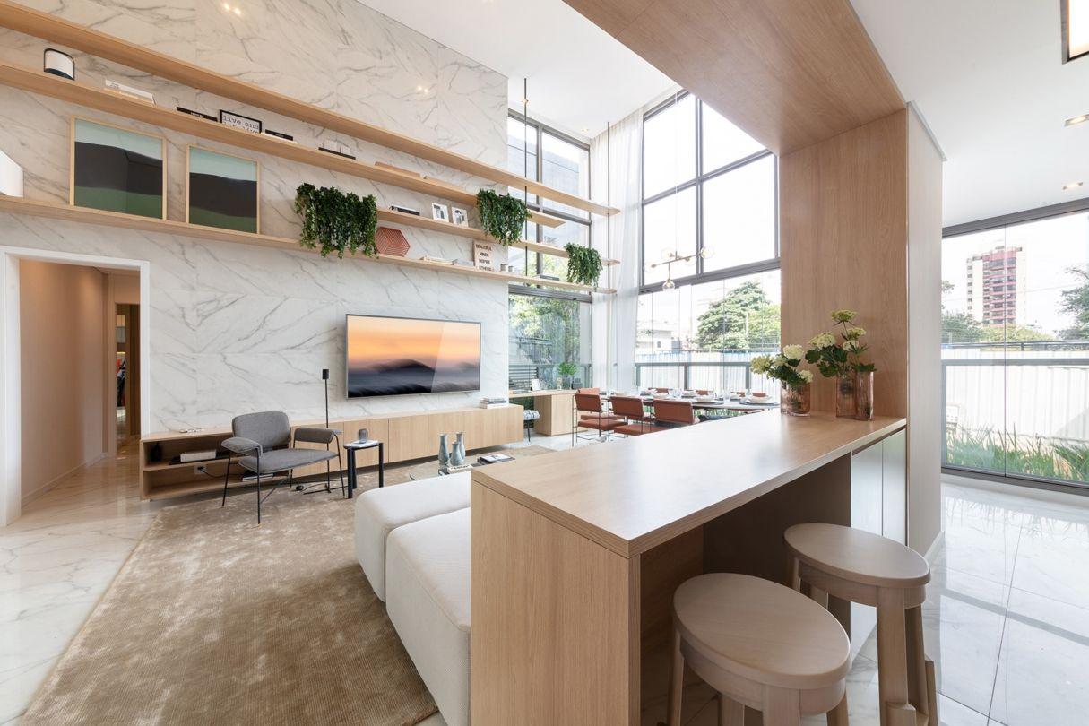 LIVING do apto de 96 m², integrado com o terraço. Pé-Direito duplo com mais de 6 metros.